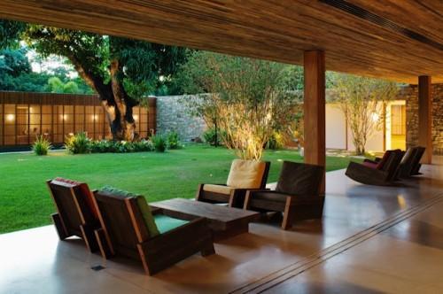5 Dicas De Uma Boa Decoração Com Bancos Rústicos Para O Seu Jardim