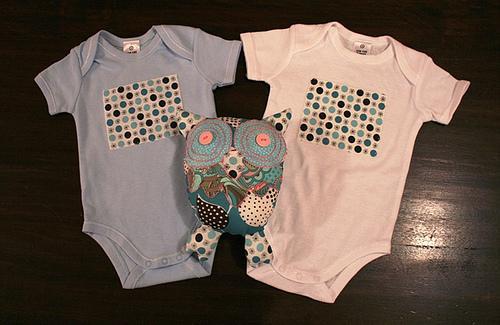 A Escolha Das Primeiras Roupas Do Bebé