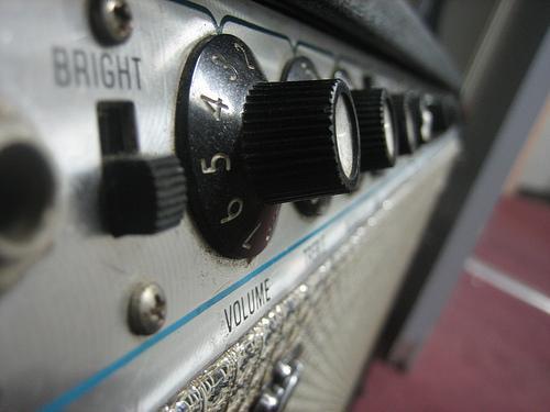 Amplificador de tv e rádio