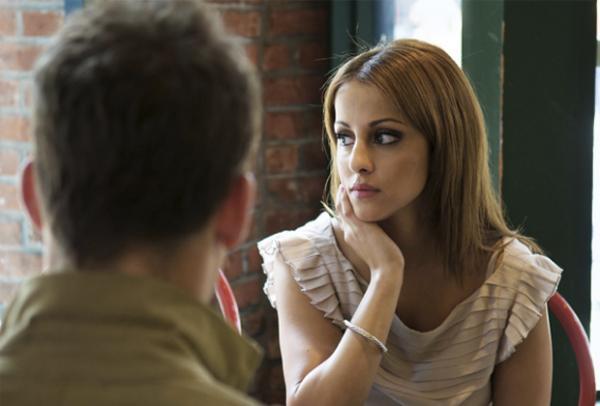Como Atrair O Interesse Da Mulher Numa Conversa
