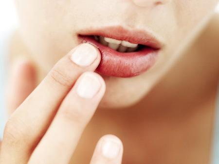 Como evitar o ressecamento dos lábios?