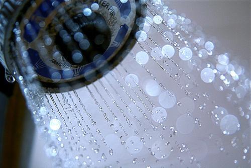 Condomínio não pode cortar água por inadimplência