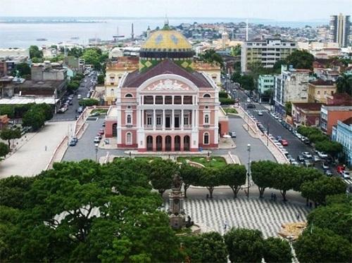 Destino de viagem a Manaus – Uma das sedes do Mundial 2014