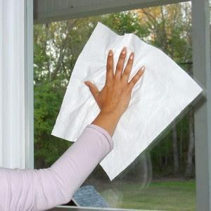 Dicas para limpar vidros sem manchar