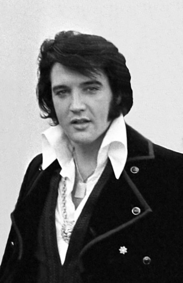 Elvis Presley - O Aclamado Rei do Rock