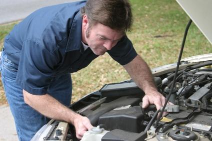 Faça uma revisão ao seu automóvel antes de viajar
