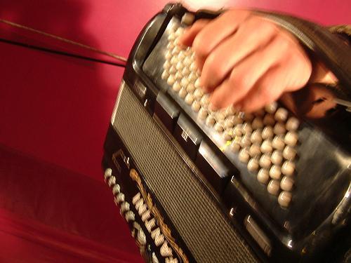Instrumentos musicais populares