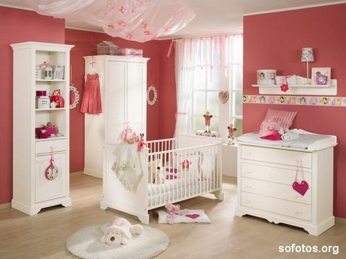 Limpeza do quarto do bebê