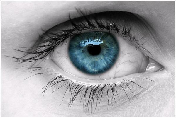 Maquilhagem dos olhos: delineador ou lápis?