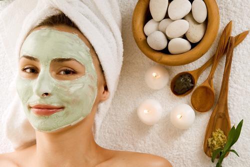 Máscaras com ingredientes naturais para rosto, cabelo e corpo
