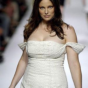 Mulheres gordinhas: Dicas úteis para escolher a roupa ideal