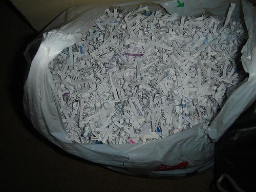 Não deite para o lixo! Recicle o papel