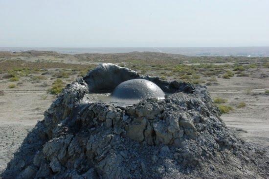 O maior vulcão de lama