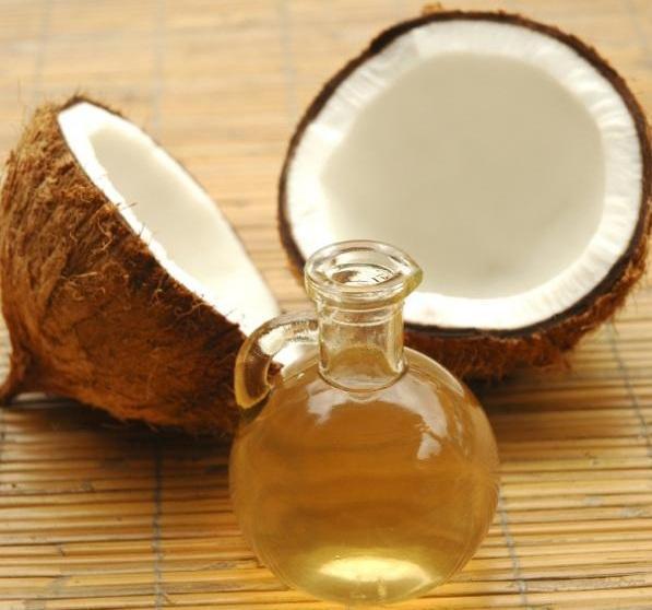 Óleo de coco natural emagrece?