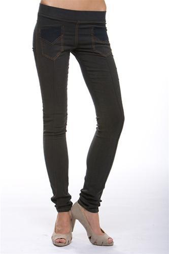 Os leggings estão na moda