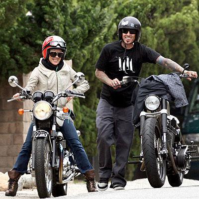 O prazer de conduzir uma mota em segurança