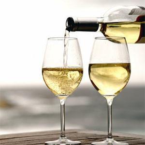 Que tal tomar um Vinho Branco?