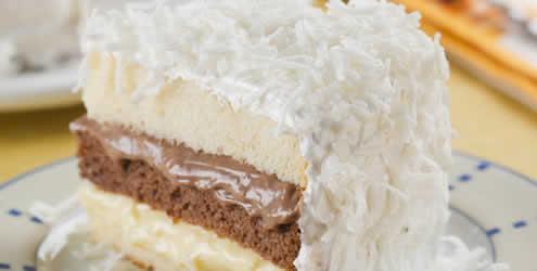 Receita de bolo com creme de ovos e de chocolate