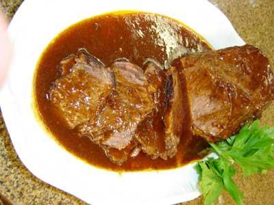 Saiba como fazer Carne assada ao molho ferrugem