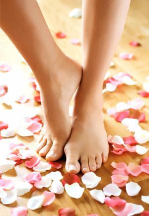 Saúde dos pés: Elimine fungos e bactérias dos calçados