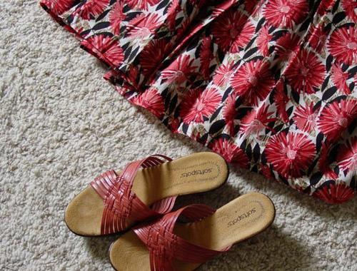 Sugestões de vestuário para mulheres baixas