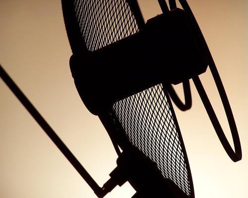 Vários tipos de antenas