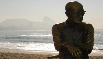 As sem razões do amor - Carlos Drummond de Andrade