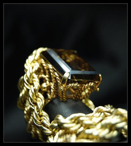 Como cuidar das suas jóias