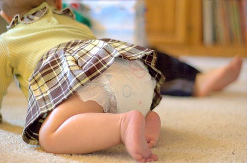 Como mudar a fralda do bebé