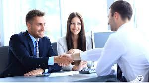 Como se apresentar numa entrevista de emprego!