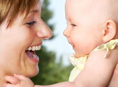 Como tratar da roupa do seu bebé