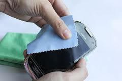 Cuidados básicos a ter com um 'touchscreen' - limpeza