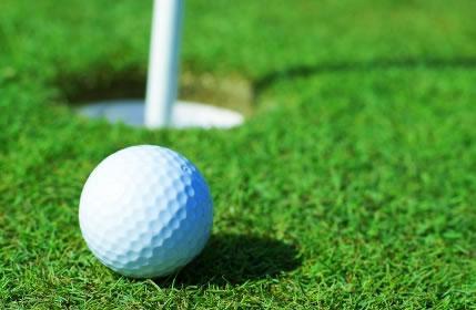 Golfe - coloque a bola no buraco