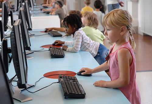 Internet: a ferramenta essencial do dia-a-dia