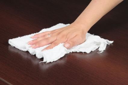 Manutenção do mobiliário da cozinha ou casa-de-banho