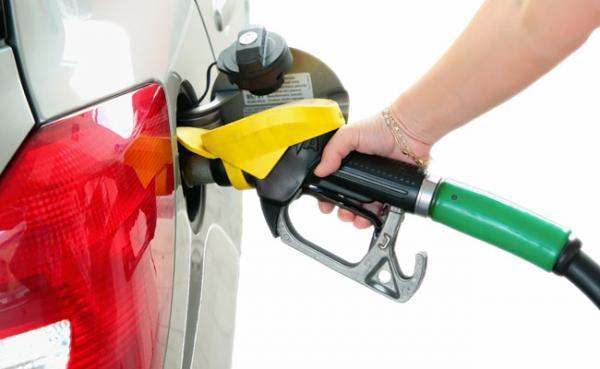 O que fazer para economizar combustível