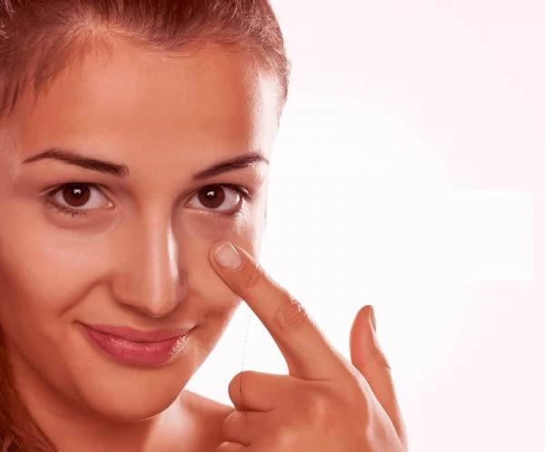 Olheiras Escuras te Incomodam? 5 Fatores que Pioram e 5 Tratamentos que Melhoram