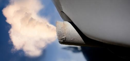 Os perigos dos gases de escape automóvel
