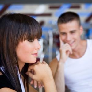 Para Homens: Como Iniciar Uma Conversa Com Uma Mulher?