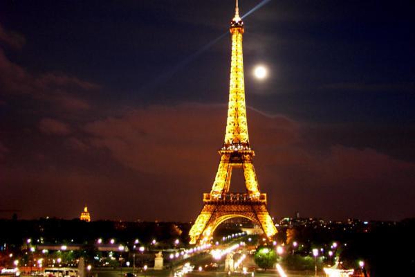 Paris, cidade iluminada pelo seu encanto