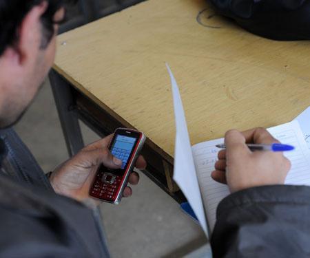 Quando os telemóveis afectam as relações sociais