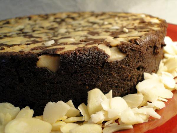 Receita de bolo de chocolate com amêndoas