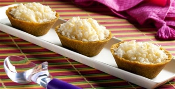 Receita – Cestinhas com sorbet de pêssego e cala de erva-cidreira