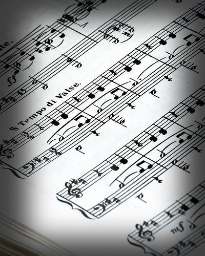 Theremin – o primeiro instrumento musical electrónico da História
