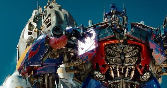 """Transformers: Dark of the Moon"" arrasa bilheteiras"